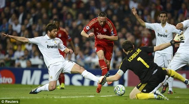 Những cuộc đối đầu kinh điển Bayern-Real trong lịch sử - ảnh 4