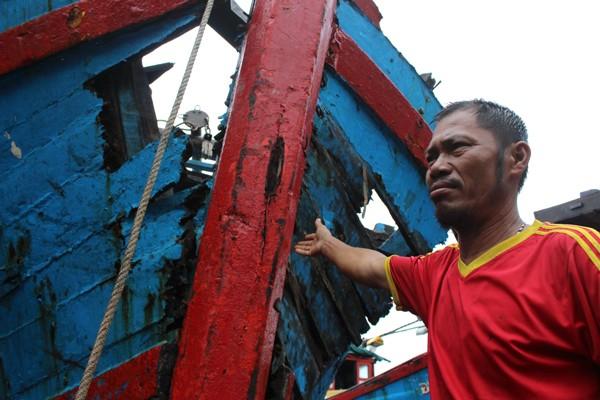 Lạnh người hình ảnh tàu cá nát bươm vì bị đâm chìm - ảnh 6