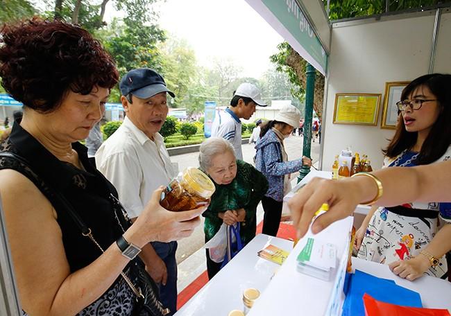 Hơn 300 gian hàng tham gia hội chợ nông sản   - ảnh 16