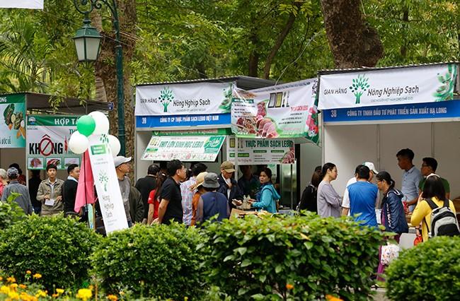 Hơn 300 gian hàng tham gia hội chợ nông sản   - ảnh 2