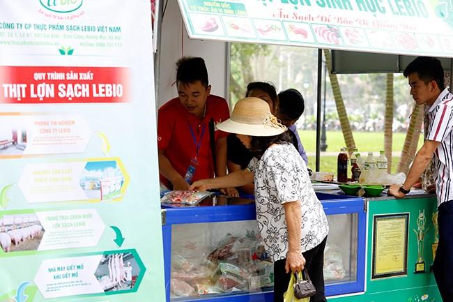 Hơn 300 gian hàng tham gia hội chợ nông sản   - ảnh 4
