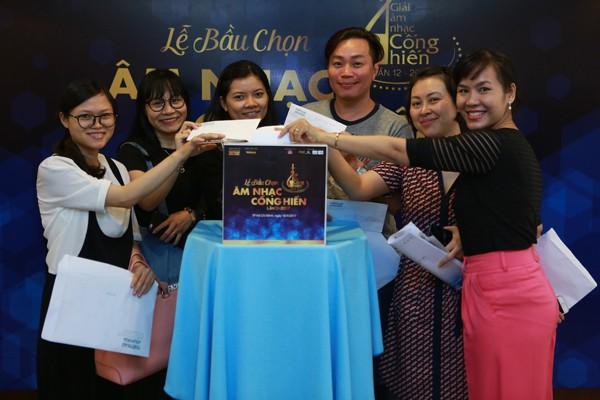 Dương Khắc Linh đạo diễn lễ trao giải Cống hiến - ảnh 1