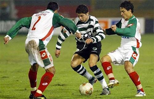 Cristiano Ronaldo và ngả rẽ cuộc đời - ảnh 1