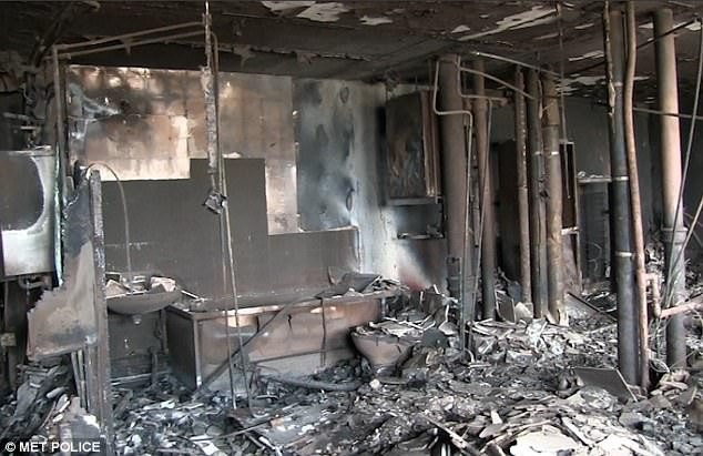 Bên trong căn hộ chung cư 24 tầng bị hỏa hoạn ở London - ảnh 2