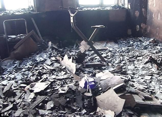Bên trong căn hộ chung cư 24 tầng bị hỏa hoạn ở London - ảnh 3