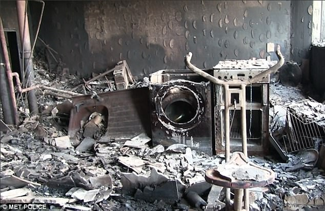 Bên trong căn hộ chung cư 24 tầng bị hỏa hoạn ở London - ảnh 4