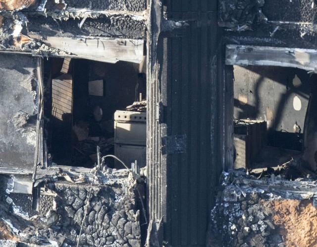 Bên trong căn hộ chung cư 24 tầng bị hỏa hoạn ở London - ảnh 9