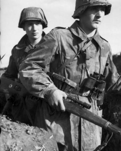 Hé lộ loạt ảnh các sát thủ bắn tỉa của Đức trong Thế chiến 2 - ảnh 10