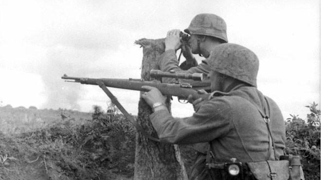 Hé lộ loạt ảnh các sát thủ bắn tỉa của Đức trong Thế chiến 2 - ảnh 1