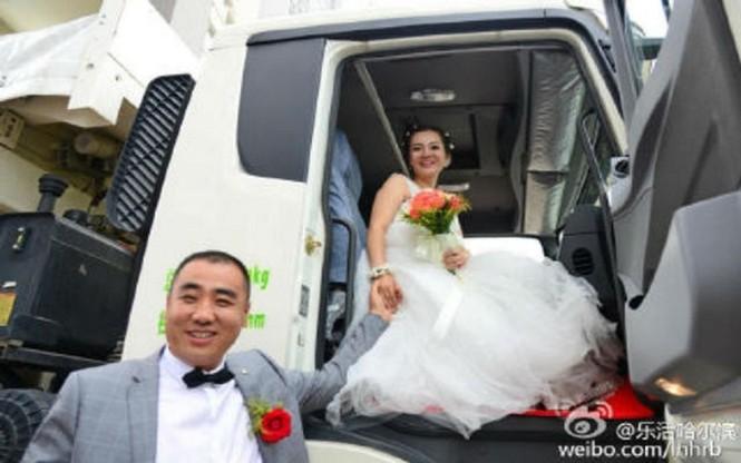 Cô dâu Trung Quốc lái xe buýt đi 'đón rể' - ảnh 8