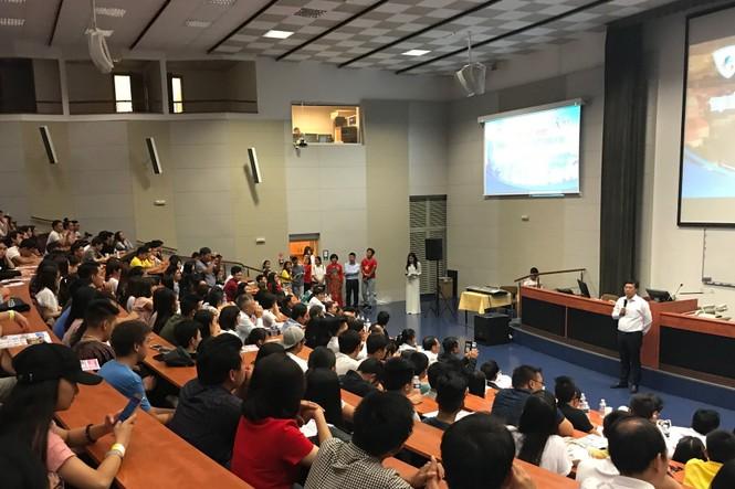 Khai mạc Trại hè thanh niên, sinh viên Việt Nam toàn châu Âu - ảnh 8