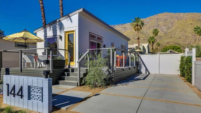 Nhà cấp bốn 55 m2 ở Mỹ tiện nghi như villa nhỏ - ảnh 1