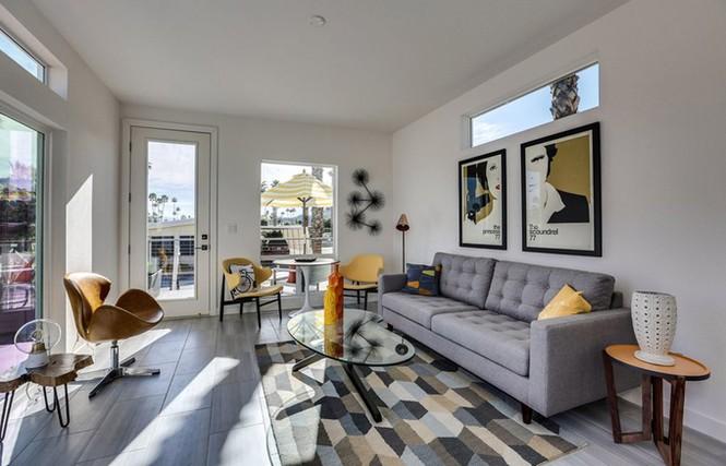 Nhà cấp bốn 55 m2 ở Mỹ tiện nghi như villa nhỏ - ảnh 2