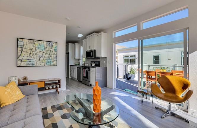 Nhà cấp bốn 55 m2 ở Mỹ tiện nghi như villa nhỏ - ảnh 4