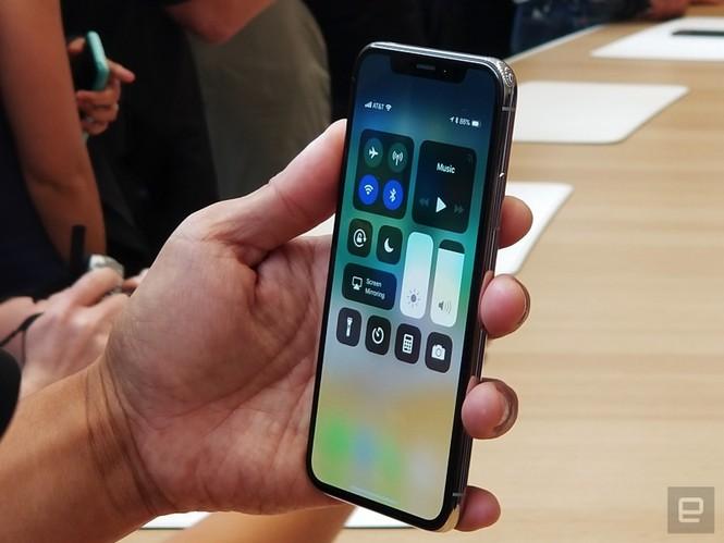 """Cảm nhận ban đầu về iPhone X, mẫu iPhone """"sang xịn"""" nhất của Apple - ảnh 10"""