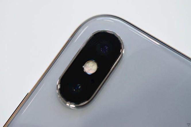 """Cảm nhận ban đầu về iPhone X, mẫu iPhone """"sang xịn"""" nhất của Apple - ảnh 3"""
