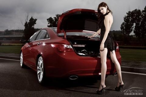 Mỹ nhân khoe sắc bên Hyundai Sonata - ảnh 7