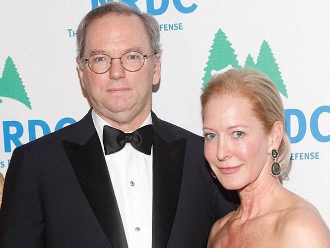 Sếp Google bán tháo cổ phiếu để có tiền bỏ vợ - ảnh 1