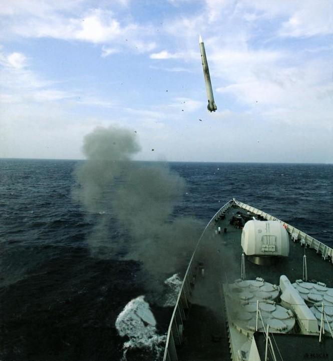 'Nội soi' tham vọng khu trục hạm Trung Quốc - ảnh 32