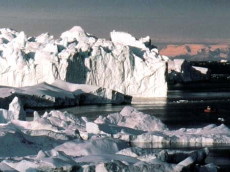 Thay đổi các hoạt động của Mặt trời sẽ dẫn tới một thời kỳ tiểu băng hà trên Trái đất. Ảnh minh họa