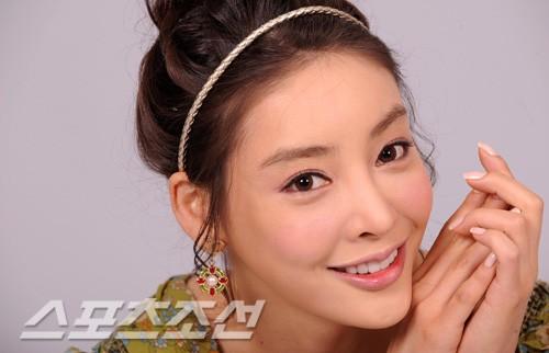 Nữ diễn viên xấu số Jang Ja Yeon