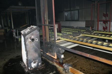Cháy lớn tại khu công nghiệp Quang Minh - ảnh 2