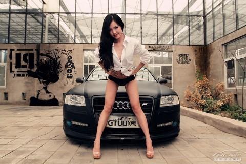 Mỹ nữ quyến rũ bên Audi A8L - ảnh 3