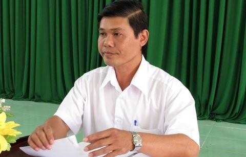 Ông Lê Văn Trúc – Chánh án TAND huyện Mỹ Tú công khai xin lỗi anh Hiếu và gia đình