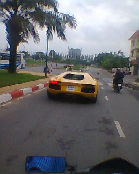 Lamborghini Aventador đầu tiên đã về Việt Nam - ảnh 1