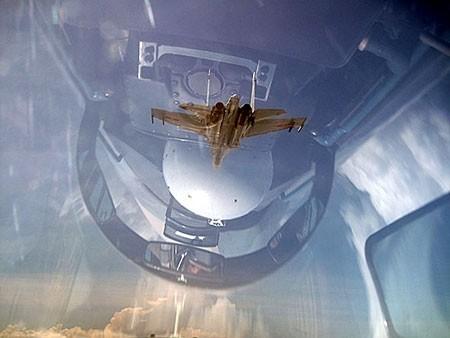 Hình ảnh chụp từ khoang lái SU30MK2. Ảnh: Trường Nam