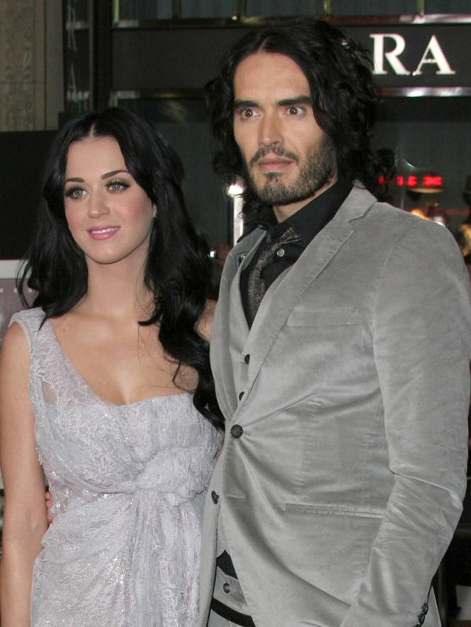 Katy Perry và chồng cũ thưở còn mặn nồng