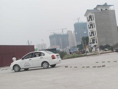 Sân tập Nam Trung Yên. Anh: T.Vinh