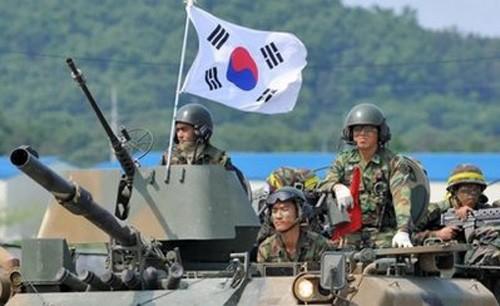 Tổng thống Hàn Quốc kêu gọi đoàn kết để đối phó Triều Tiên - ảnh 2