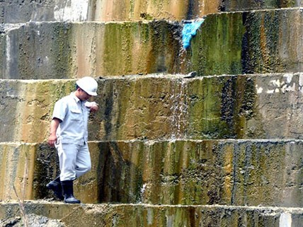 Khắc phục sự cố tại thân đập thủy điện Sông Tranh 2