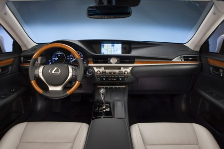 Lexus ES 300h: Sang và 'sạch' - ảnh 4
