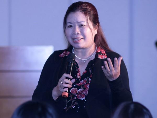 Tiến sĩ Lê Thị Bích Hồng hy vọng báo Tiền Phong tiếp tục mở các diễn đàn tương tự về giới trẻ hiện nay