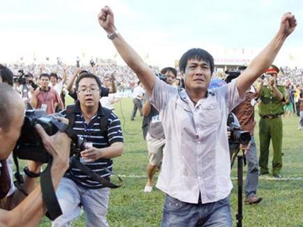 HLV Hữu Thắng đang quyết tâm đưa SLNA lên đỉnh cao V-League một lần nữa