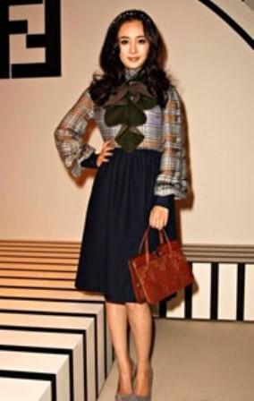 Váy hàng hiệu của mỹ nhân - ảnh 4
