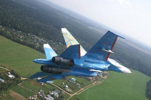 Đội hình máy bay 'khủng' hộ tống Tổng thống Nga - ảnh 7