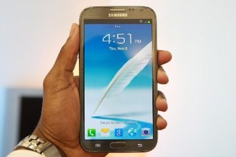 5 smartphone cao cấp bán chạy nhất tháng 2 - ảnh 1