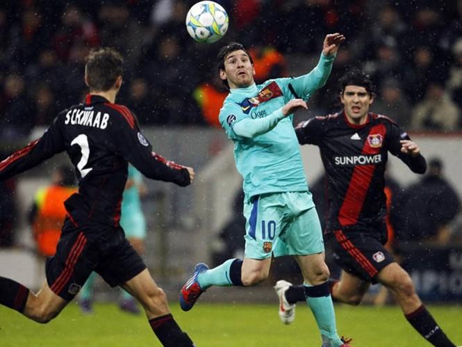 Messi ghi bàn trong chiến thắng 3-1 của Barcelona trước Leverkusen