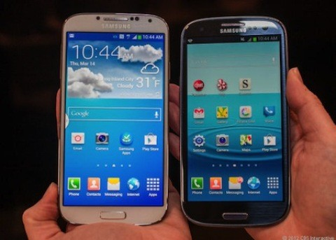 Galaxy S4 đọ màn hình với tiền nhiệm S3