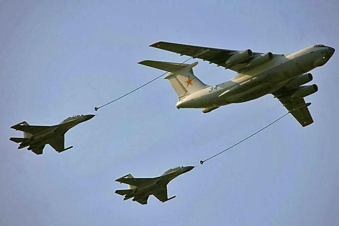 Tiếp dầu trên không của không quân Trung quốc
