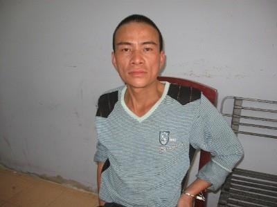 Nam thanh niên khai nhận là Lê Văn Huy (SN 1978, quê ở Can Lộc, Hà Tĩnh)