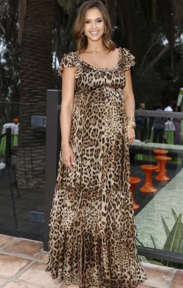 Jessica Alba mê mẩn váy maxi - ảnh 23