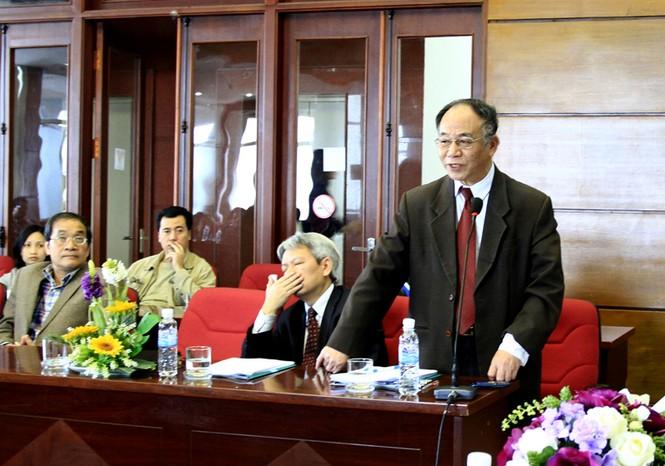 Ông Hoàng Chí Bảo, Ủy viên Hội đồng lý luận Trung ương phát biểu quan điểm. Ảnh: Xuân Tùng