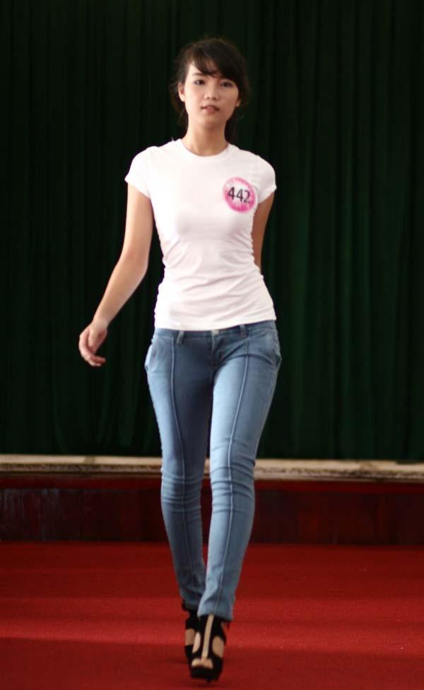 Ngắm lớp học diễn catwalk của Miss Teen ở Tuần Châu - ảnh 13