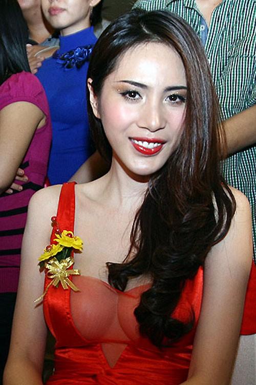 Sao Việt: Mốt áo mỏng khoe ngực khủng - ảnh 8