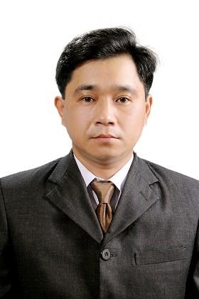 Luật sư Nguyễn Việt Hùng - Trưởng văn phòng luật sư Kinh Đô, người bảo vệ bị can Đoàn Văn Vươn..