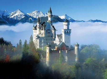 Những tòa địa ốc hút khách bậc nhất thế giới - ảnh 2